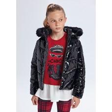 Куртка-лаковая  на девочку Mayoral (Майорал) черного оттенка