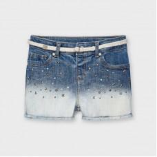 Джинсовые шорты с аппликацией для девочки Mayoral (Майорал) голубого оттенка