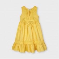 Гипюровое льняное платье для девочки Mayoral (Майорал)