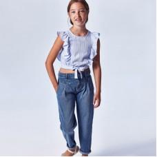 Джинсы для девочки slouchy Mayoral (Майорал) синего оттенка