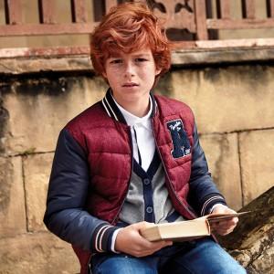 Куртка-бомбер для мальчика Mayoral (Майорал) бордового оттенка
