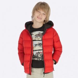 Куртка на мальчика Mayoral (Майорал) красного оттенка