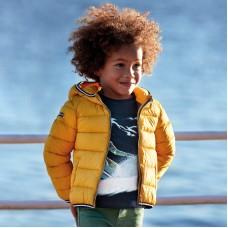 Куртка Mayoral (Майорал) для мальчика желтого оттенка