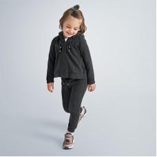 Спортивный костюм на девочку Mayoral (Майорал) серого оттенка
