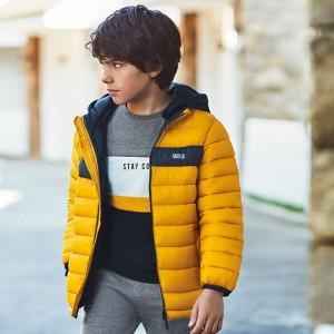 Демисезонная куртка на мальчика  Mayoral (Майорал) пшеничного оттенка
