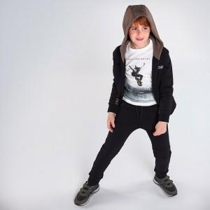 Спортивный костюм на мальчика Mayoral (Майорал) черного оттенка