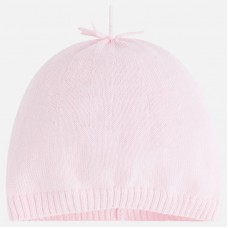 Тонкая  шапочка для новорожденных Mayoral.