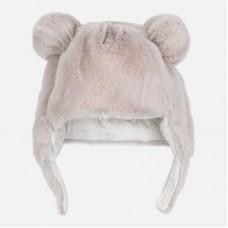 Теплая шапка для новорожденного Mayoral.