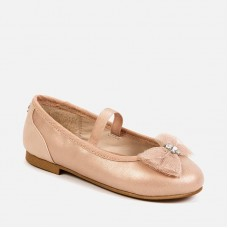 Туфли-балетки для девочки Майорал (Майорал) нюдовый оттенок