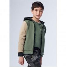 Спортивные костюм Mayoral (Майорал) на мальчика оливкового оттенка