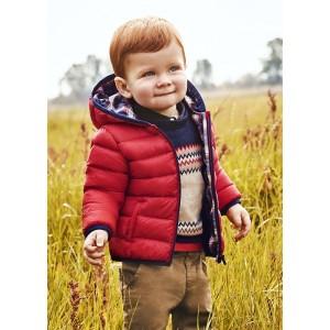 Демисезонная куртка на мальчика Mayoral (Майорал) красного оттенка