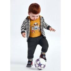 Спортивный костюм Майорал (Майорал) на мальчика оттенок горчичный