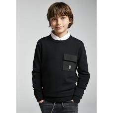Джемпер на мальчика Mayoral (Майорал) черного оттенка