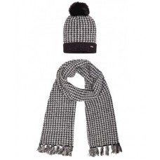 Набор шапка и шарф для девочки Mayoral.