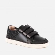 Кроссовки для девочки Mayoral.