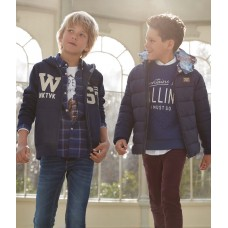 Куртка темно-синяя Mayoral для мальчика.