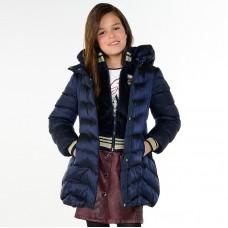 Длинная куртка с поясом  для девочки Mayoral .